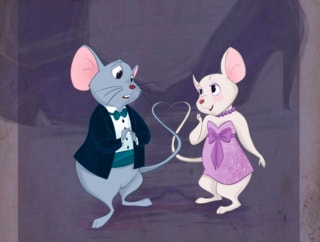 Le coppie Disney vanno al ballo di fine anno della scuola