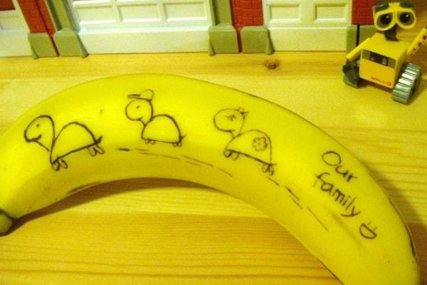 Come scrivere un messaggio su una banana