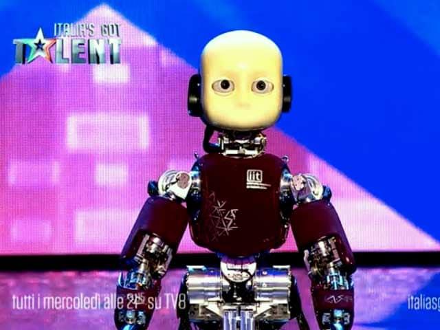 Il robottino iCub conquista la tv