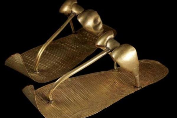 Lo sapevi che | Storia dei sandali più antichi del mondo, le infradito