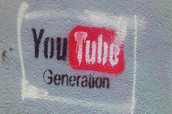 Come faccio a scegliere un nome adatto per un canale YOUTUBE?