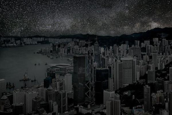 Come sarebbe il cielo di notte se non ci fossero le luci nelle città?