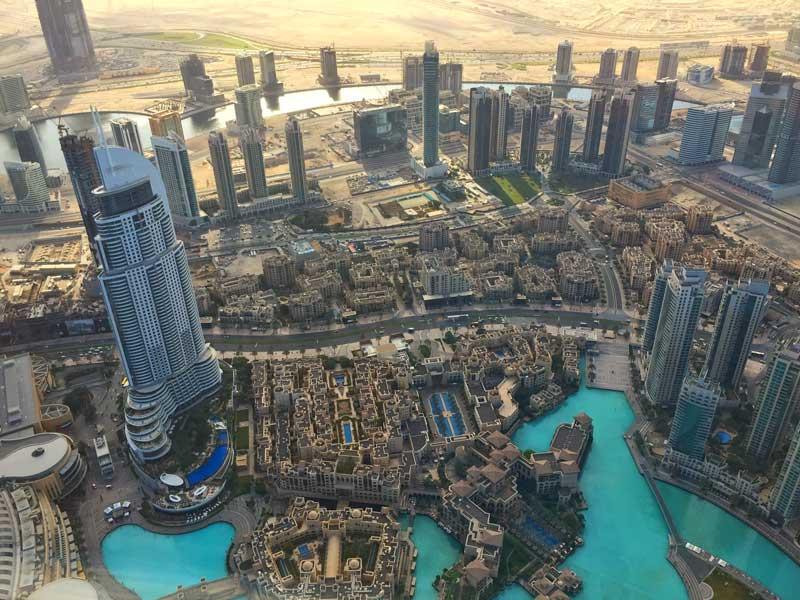 Dubai la citt col grattacielo pi alto del mondo verso for Grattacielo piu alto del mondo