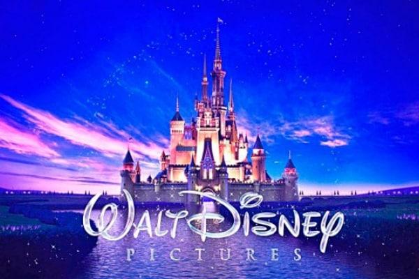 Volete scoprire i luoghi che hanno ispirato i paesaggi nei cartoni animati della Disney?
