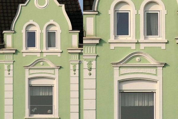 Case che ridono quando le finestre e le porte sorridono ai passanti focus junior - Casa finestre che ridono ...