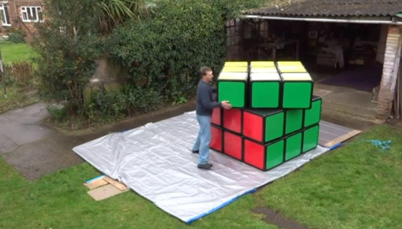 Il più grande cubo di Rubik al mondo!