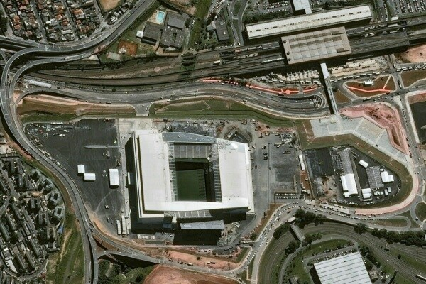 FOTO – I 12 Stadi dei Mondiali in Brasile visti dallo Spazio