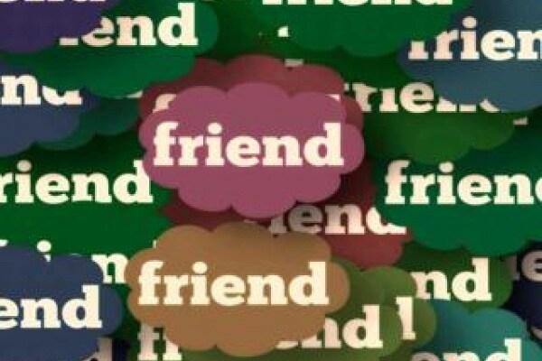Sondaggio | Amicizie sul web: cosa ne pensi?
