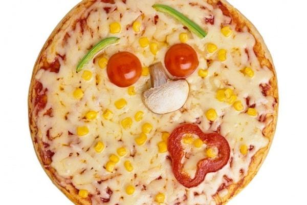 La Scienza della Pizza: un calcolo per dividerla in parti uguali