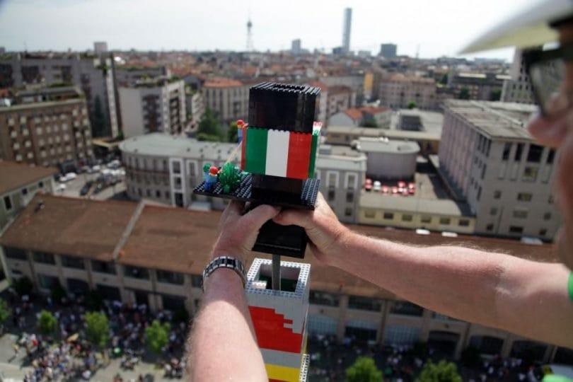 La torre di Lego più alta del mondo è a Milano, con Expo 2015