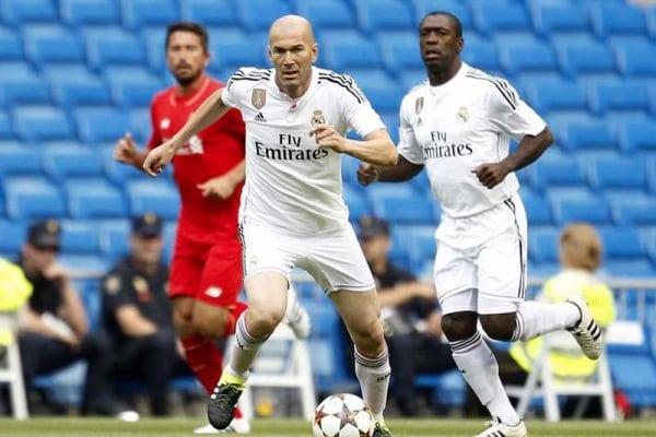 Zinedine Zidane è i nuovo allenatore del Real Madrid!
