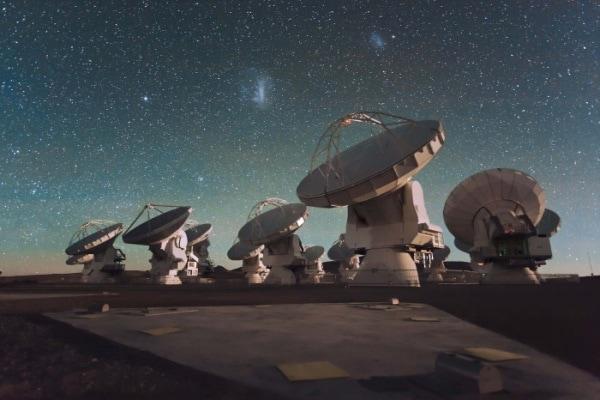 Alma, il nuovo telescopio che cerca l'origine dell'Universo