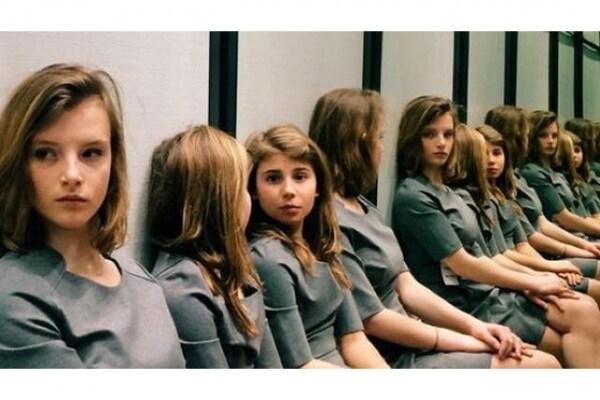 Web virale | Quante ragazze ci sono in questa foto ???