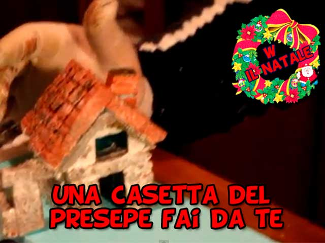 Lavoretti di Natale fai da te | Le mini casette del presepe
