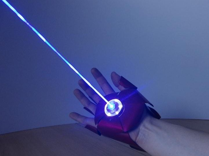 Avengers | Il guanto laser di Ironman esiste davvero