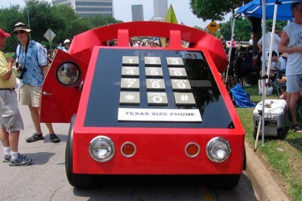 La storia del telefono in attesa del nuovo Iphone 8