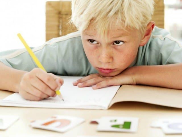 Tra voi – Quando faccio i compiti ci metto un sacco di tempo. Come farli più in fretta?