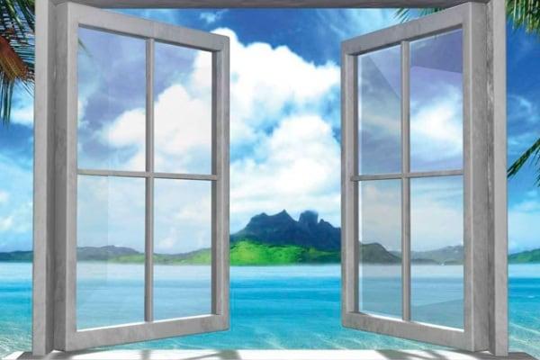 Di giorno sono due finestre aperte…