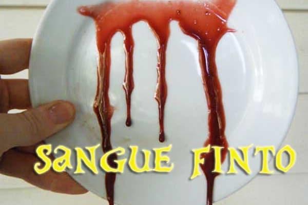Trucchi | Fai da te il perfetto sangue finto