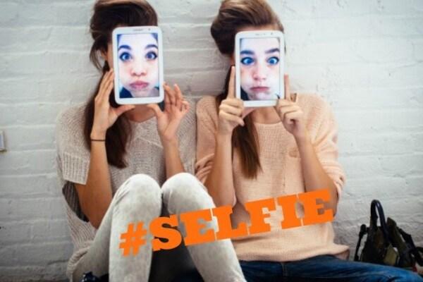 Cosa significa #Selfie?