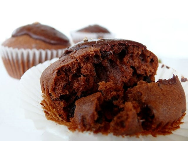 Dolci di Natale | I muffin con tanto di pallina incorporata!