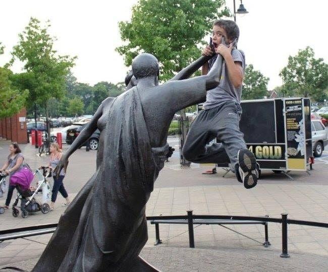[Galleria] Facciamo delle foto divertenti con le statue