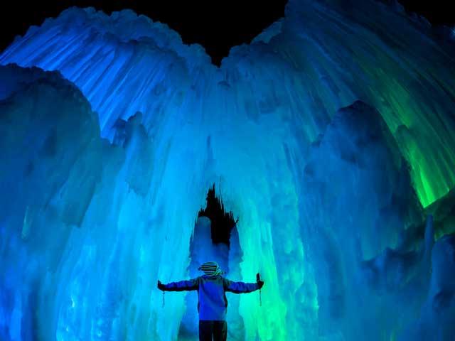 Il castello di ghiaccio di Frozen esiste davvero (video)