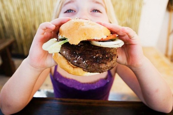 "Da cosa deriva la parola ""hamburger""?"