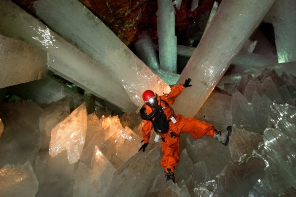 La grotta dei cristalli giganti