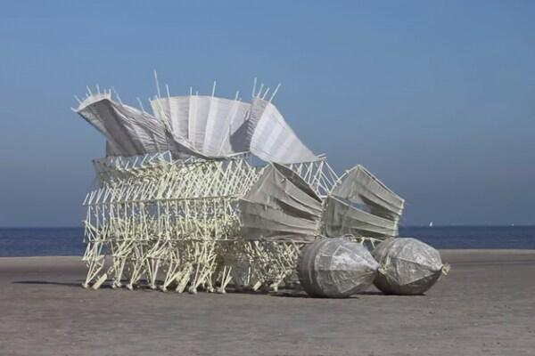 Strandbeesten, le sculture che camminano!