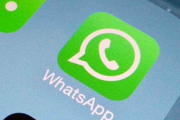 Con il corsivo e il  grassetto WhatsApp diventa più elegante!