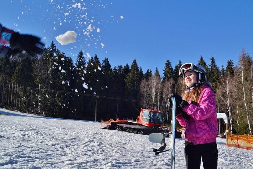 Come salvarsi da una valanga di neve in montagna