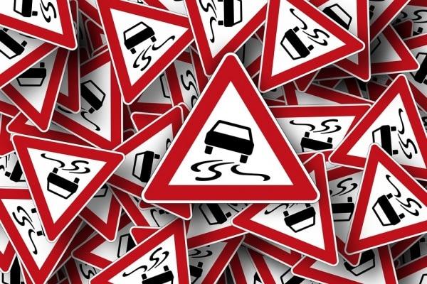 Test: sai riconoscere questi segnali e indicazioni stradali?