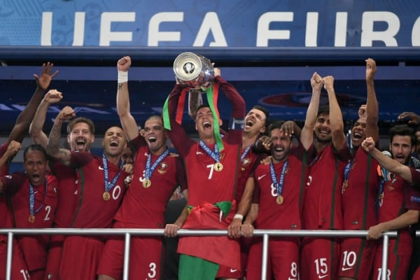 Portogallo trionfa a Euro2016: ecco il bello dello sport!