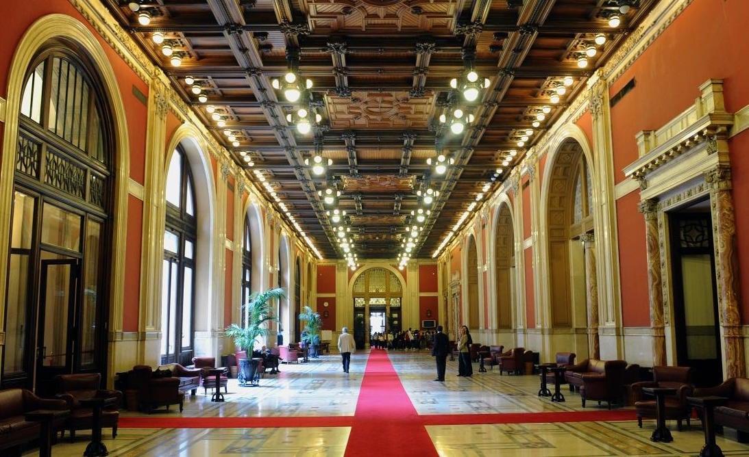Come funziona la camera dei deputati della repubblica for Camera dei deputati roma