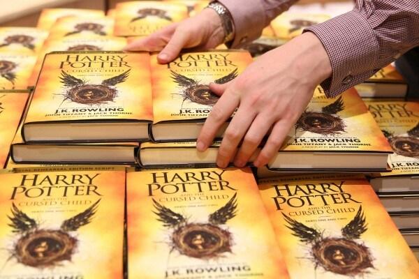 Harry Potter Day: dal libro allo spettacolo teatrale, il mondo esplode nuovamente di magia!