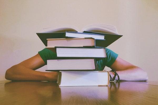 7 trucchi per studiare e preparare le verifiche senza andare in panico