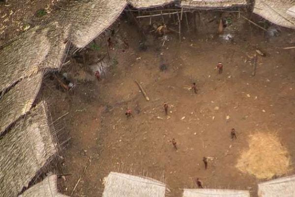 Yanomami, foto di una tribù amazzonica incontaminata