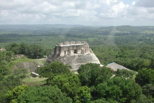 La Tomba del Serpente: scoperto in Belize un grande sepolcro Maya