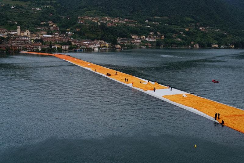 """""""Floating Piers"""", la canzone ispirata dal sentiero galleggiante sul lago d'Iseo!"""