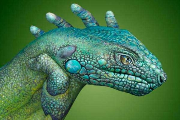 Mani dipinte come animali: indovina quali sono?