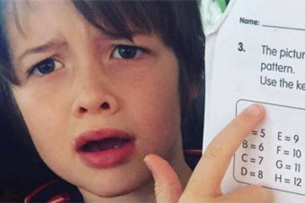Compito di matematica troppo difficile: una famiglia americana chiede aiuto su FB