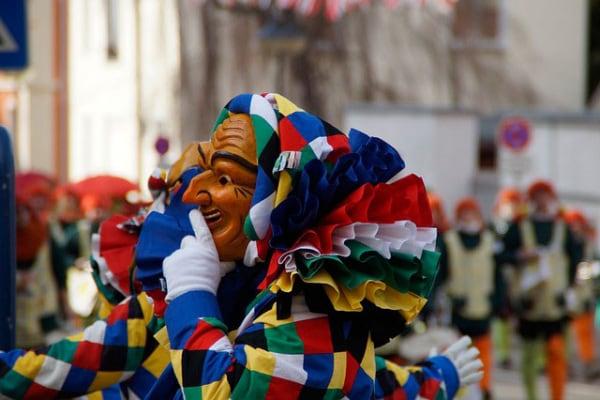 Carnevale Ambrosiano | Data, maschere e leggende