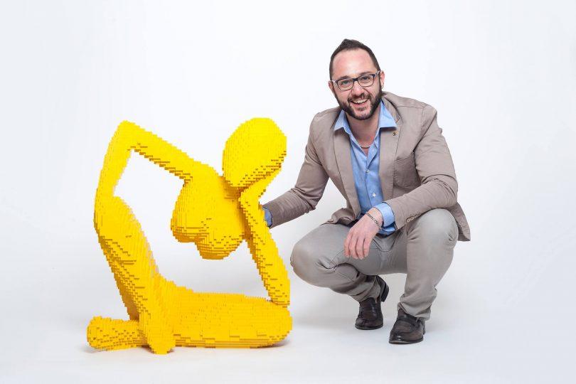 L'artista del Lego | Riccardo Zangelmi crea opere d'arte con i mattoncini Lego!