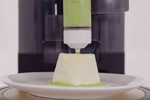 """Stampanti 3D in cucina: la nuova frontiera del cibo """"veloce"""""""