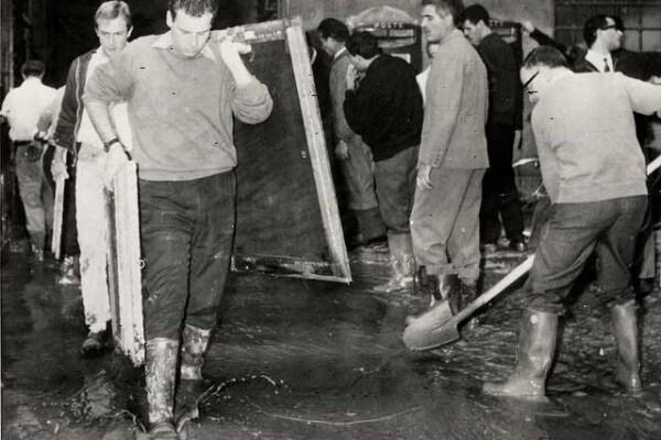 4 novembre 1966 | Firenze devastata dall'alluvione