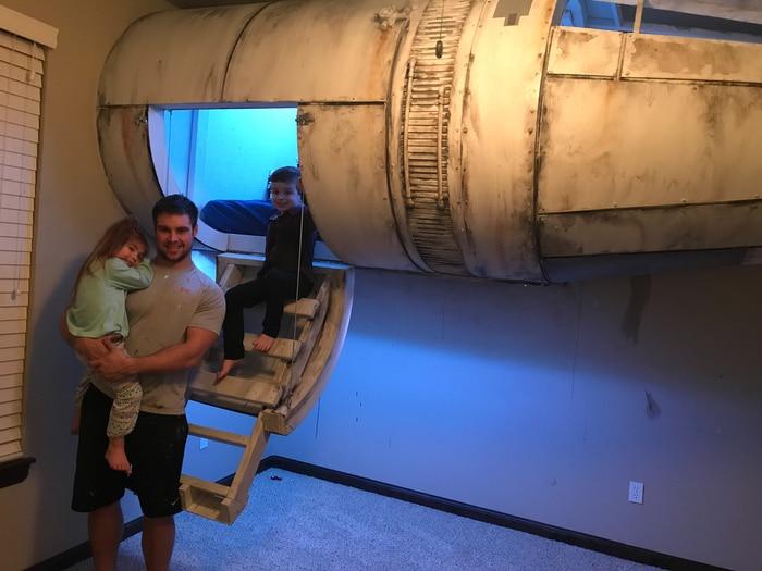 Sogni e Star Wars: Un papà tuttofare ha costruito al figlio un letto a forma di Millennium Falcon! / Image 9