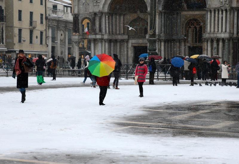 12 suggestive immagini di luoghi innevati in Italia / Image 1
