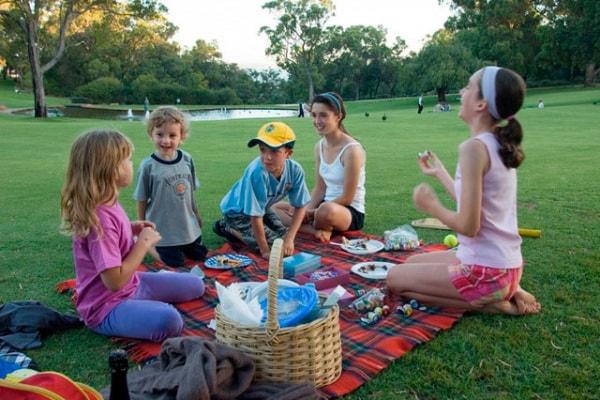 5 consigli per un picnic ecologico e divertente