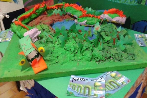 Junior Reporter: Creiamo il Lago di Loch Ness con la cartapesta!